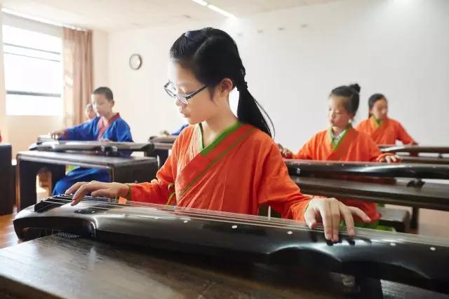 文质雅育古琴培训