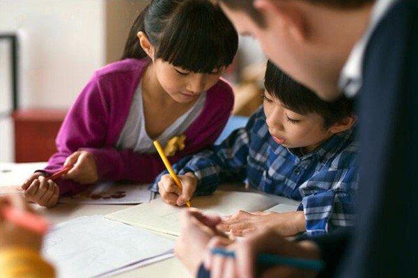 兰州英孚教育16-18岁英语培训学校